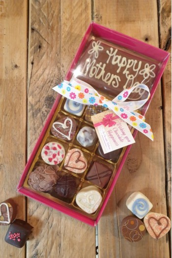 Happy Mothers Day Truffles - Box of 12